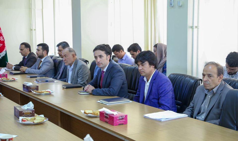 امضای تفاهمنامههای ایجاد انستیتوت ملی خط آهن و انستیتوت ملی سرکسازی